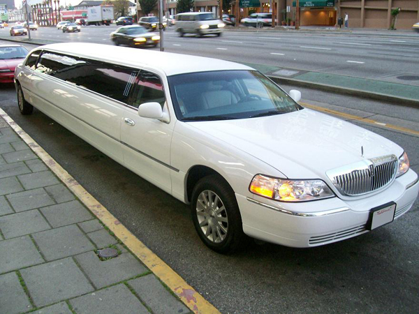 Houston 8 Passenger Limo